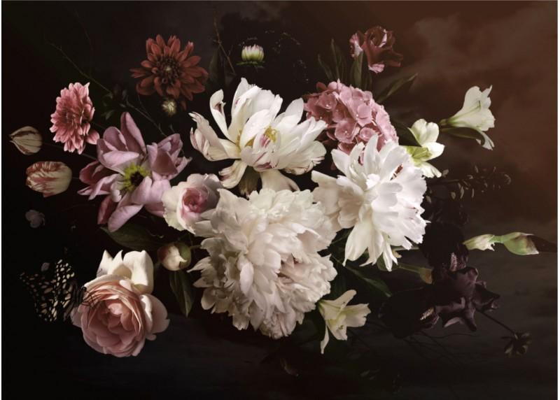 Kompozice květů na temném podkladu, vliesová fototapeta do obývacího pokoje, ložnice, jídelny, kuchyně či chaty, AG Design, 160 x 110 cm, FTN M 2693