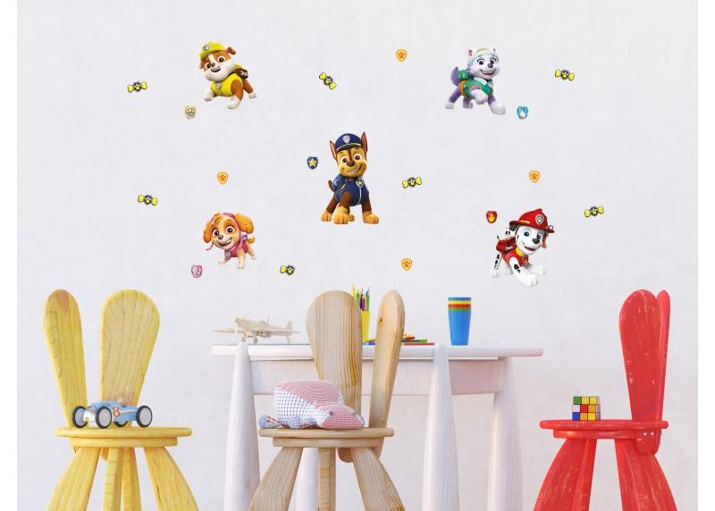 Hrdinové Tlapkové Patroly se usmívají, dekorační nálepky na stěny, nábytek a interiérové předměty v dětském pokoji, 30 x 30 cm, 3815 DKS