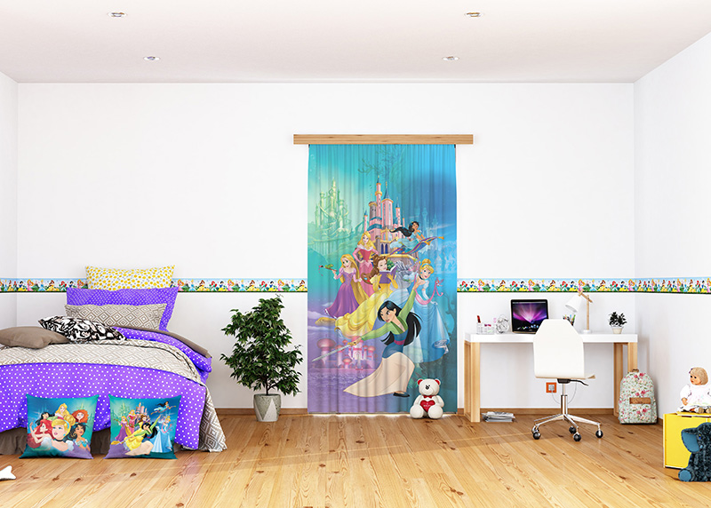 Disney Princezny na pozadí jejich zámků, Disney, dekorativní polštář AG Design, 40 x 40 cm, do dětského pokoje, CND 3123